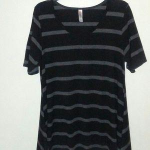 LuLaRoe Irma Tunic Top (Large) black & gray stripe